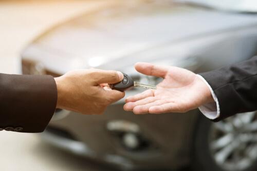 kekurangan-membeli-mobil-dengan-kredit