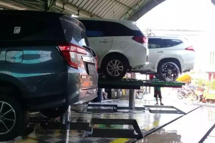 cuci-mobil-hidrolik-kelebihan-kekurangan