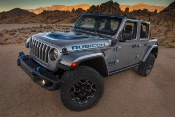 jeep-wrangler-mobil-4x4-premium