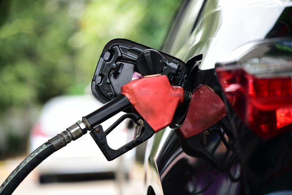mana-yang-lebih-baik-mesin-bensin-atau-mesin-diesel