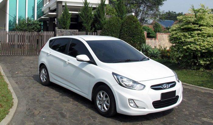 mobil-sedan-murah-hyundai-avega