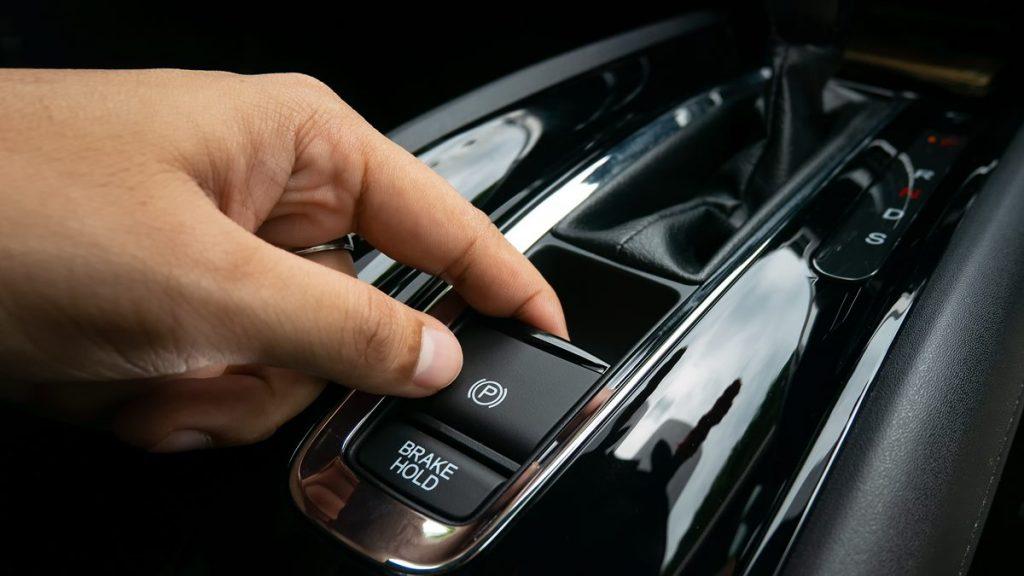 rem-tangan-mobil-listrik